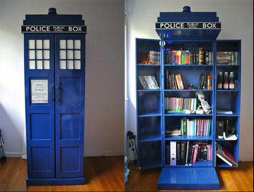 tardis_bookshelf